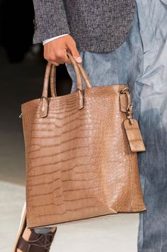 We only offer high quality and high-end genuine crocodile leather bags and genuine alligator leather bags to our customers. My Bags, Purses And Bags, Fashion Bags, Mens Fashion, Piel Natural, Leather Portfolio, Leather Bags Handmade, New Bag, Bag Sale