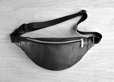 Your place to buy and sell all things handmade Leather Fanny Pack, Leather Belt Bag, Real Leather, Black Leather, Waist Purse, Hip Bag, Travel Bag, Bag Making, Crossbody Bag