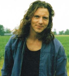 Eddie Vedder...young and beautiful!!!