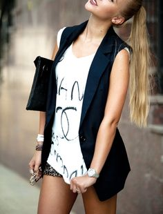 black and white,vest, clutch Spring Summer Fashion, Autumn Winter Fashion, Spring Outfits, Sleeveless Blazer, Sequin Outfit, Swagg, Dress To Impress, Fashion Looks, Women's Fashion