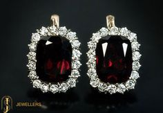 Let your #jewelry do the talking. Buy this #hessonite studded #earrings from http://sehdevjewellers.com/