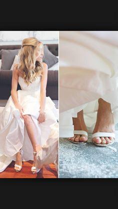 Kristen Cavallari - barely there sandals.