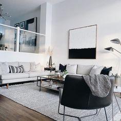 Black White And Grey Living Room, Modern Minimalist Living Room, Living Room White, White Rooms, My Living Room, Living Spaces, White Apartment, Apartment Living, Modern Apartment Decor