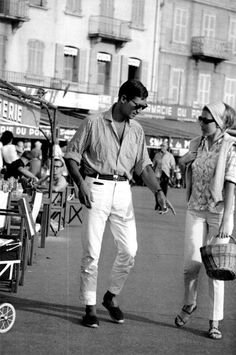 """The Fashion of Audrey The actress Audrey Hepburn photographed by Terry O'Neill during the filming of """"Two for the Road"""" in the French Riviera, in 1966. Description from pinterest.com. I searched for this on bing.com/images"""