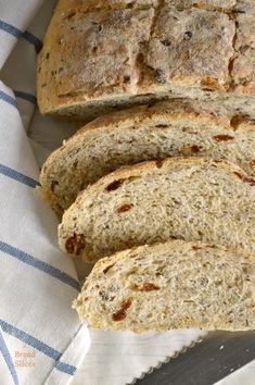 Pan de Semillas y Pasas