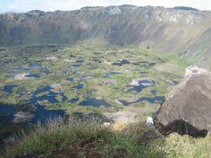 Rano Kau crater, Isla de Pascua (Easter Island) en Chile.