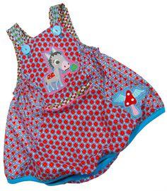 joelle Kleid von Farbenmix - Ein tolles Basickleid für alle Altersgruppen. Zu besonderen Anlässen oder auch für das alltägliche Spielen. http://www.farbenmix.de/shop/Schnittmuster/Roecke/JOELLE-Papierschnittmuster::10336.html