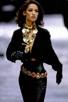 velvetrunway: Versace FW91 Posted by x