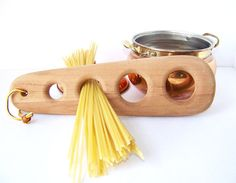 Spaghetti Measurer by TeaAndHoneyVintage on Etsy, $13.00