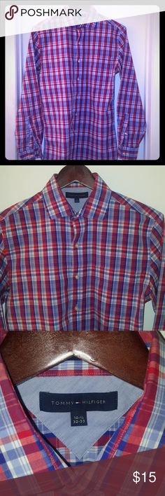 Tommy Hilfiger button down shirt Tommy Hilfiger plaud button down shirt. No signs of wear. 14.5 neck 32/33 sleeve Tommy Hilfiger Shirts Casual Button Down Shirts