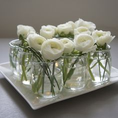 Ideas for flowers bouquet green white roses Inexpensive Centerpieces, Wedding Centerpieces, Wedding Table, Centrepieces, Table Centerpieces, Wedding Ideas, Flowers In Jars, Table Flowers, White Flowers