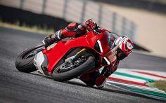 Scarica sfondi Ducati Panigale V4 S, 4k, pista, moto sportive, 2018 moto, pilota, superbike, Ducati