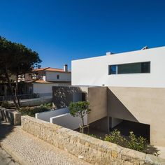 Gallery of House Obidos / Russell Jones Architects + RSM arquitecto - 12