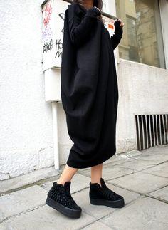 Casual suelto negro oversize acanalado superior / por Aakasha, $79.00