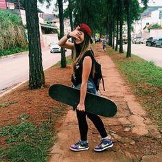girl, skate, and skateboard image Skater Look, Skater Girl Style, Art Michael Jordan, Skater Girl Outfits, Emo Outfits, Disney Outfits, School Outfits, Skate Girl, Burton Snowboards