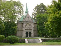 Alva Vanderbilt Belmont Mausoleum, Woodlawn Cemetery