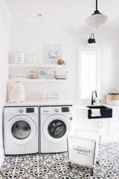 Rustic Laundry Room Decor Ideas (13)