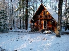 Cause I need a damn log cabin. Cute Cottage, Cottage In The Woods, Cabins In The Woods, House In The Woods, A Frame Cabin, A Frame House, Up House, Lost In America, Colorado Homes
