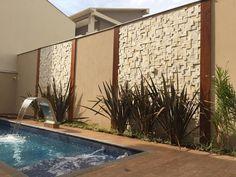 Resultado de imagem para muro com piscina
