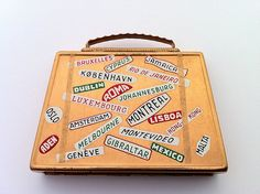 Mascot Suitcase compact