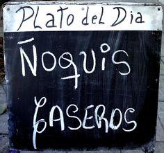 Plato del día. Pineado de http://www.flickr.com/photos/reiven/3575955283/in/faves-marcelaspezzapria/