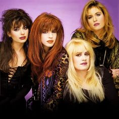 Susanna Hoffs, the lead singer of The Bangles, was onto something when she wrote the song Manic Monday: it's a ballad for psychiatrists. The Bangles Band, Susanna Hoffs, Michael Steele, Women Of Rock, Rocker Girl, Pop Rock Bands, Girls Rules, Music Photo, Pop Singers