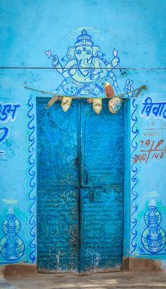 INDIA Source:allasianflavours: Blue Door by Brian Hammonds Cool Doors, Unique Doors, Closed Doors, Doorway, Windows And Doors, Shades Of Blue, Ramen, Entrance, Inspiration