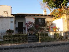 Gorgeous exteriors of houses in one of San Miguel's most beautiful neighborhoods