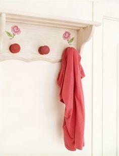 Hand painted roses hatstand - Hand painted housewares - L'atelier du Papillon