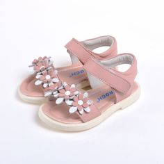 The new Caroch Sandals for girls!