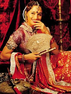 As stunning as as Madhuri's lengha and jewellery are, she reminds every bride that her most beautiful ornament is her SMILE! #Asianbridalwear #Asianwedding #Bollywood #Madhuridixit