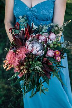 Native wedding bouquet by Merci Bouquet.