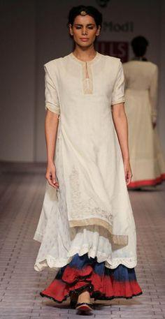 Layerings ethnic wear kurti and lehenga. Pakistani Dresses, Indian Dresses, Indian Outfits, Indian Attire, Indian Wear, India Fashion, Asian Fashion, Indian Designer Outfits, Designer Dresses