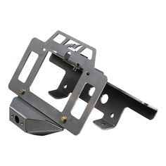 Not running a spare tire? Want to carry spare fuel instead? Need a place to relocate your tag/license plate? Want to install rear facing lights? Need a CB antenna mount?This kit has it all!This kit allows you to quickly add a tag/license plate mount, cube lights & a CB antenna to your existing MB1115 Tailgate Acces