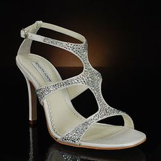 FABULOUS! Benjamin Adams Fox Ivory Wedding Shoes heel height 3 3/4 inches $299.00