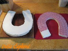 Slaný dort - podkova , ozdoby na slané torty, fotopostupy | Tortyodmamy.sk Food Displays, Salty Cake, Food And Drink, Shapes, Deko