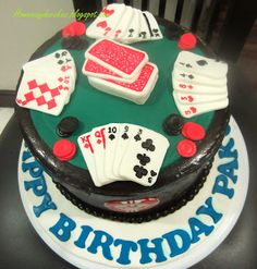 Home May'de Cakes: The Making : Poker table with chips cake