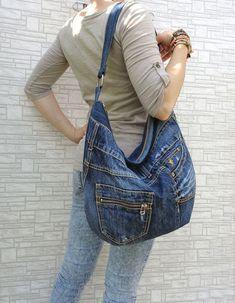 Denim bag slouchy tote large handbag purse shopper by BukiBuki Denim Bag Slouchy Tote Handtasche Shopper von BukiBuki Diy Bag Recycled, Recycled Denim, Artisanats Denim, Blue Denim, Levis Jeans, Blue Jeans, Jean Diy, Blue Jean Purses, Diy Bags Purses
