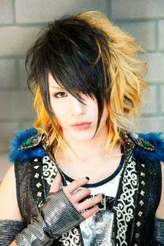 渚 (Nagisa) Hair Cuts, Punk, Japan, Style, Fashion, Haircuts, Swag, Moda, Stylus