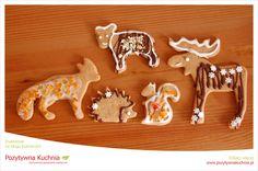 Świąteczne pierniczki - #przepis na pierniczki świąteczne leżakujące  http://pozytywnakuchnia.pl/pierniczki-swiateczne/  #kuchnia #wigilia #ciasteczka