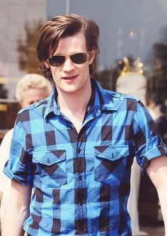 Matt looks amazing in button ups! But then again, he looks good in everything❤ Rose And The Doctor, Matt Smith, Superwholock, Doctor Who, The Man, Gentleman, Mens Sunglasses, Handsome, Men Casual