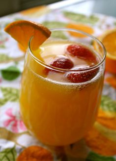Delicious Easter Mimosa Punch!