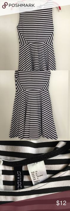 H&M Dress Striped H&M dress, flare at the bottom with small zip at the back. H&M Dresses Mini