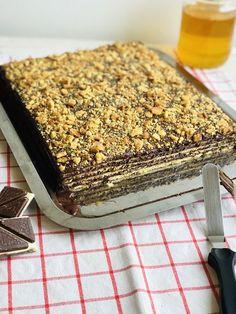Romanian Desserts, Cake Recipes, Dessert Recipes, Food Cakes, Mcdonalds, Tiramisu, Sweet Treats, Backyard, Sweets