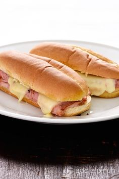These simple hot ham and cheese sandwiches are perfect for a quick lunch or supper. Made of ham, cheese, spices, olive oil and vinegar, this isn't just any ham sandwich!  Okay, everyone knows how to make a ham and cheese sandwich. I know, but let me tell you, this sandwich is not the average...Read More »