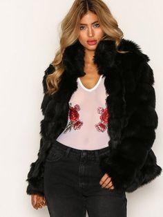 NLY Trend Puffy Fur Coat Faux Fur - Svart str. 34 995,-