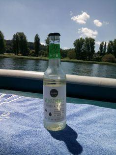 Eine Seefahrt die ist lustig - mit Schlükk noch lustiger  #jederschluekkbringtgluekk #weinschorle #boatlover