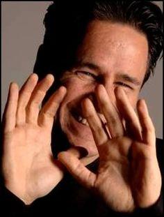 """O pianista e maestro Marcelo Bratke se apresenta ao lado da Camerata Brasil (orquestra de jovens músicos vindos de áreas desprivilegiadas da sociedade brasileira), no dia 30 de setembro, às 11h, na Sala São Paulo. O musical, com entrada Catraca Livre, faz parte da turnê nacional do projeto Tom Jobim Plural. """"A proposta é levar...<br /><a class=""""more-link"""" href=""""https://catracalivre.com.br/geral/saiba-antes/barato/projeto-tom-jobim-plural-tem-apresentacao-unica-em-sao-paulo/"""">Continue lendo…"""