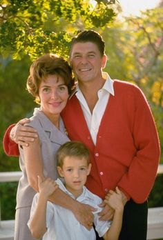 Nancy and Ronald Reagan and son