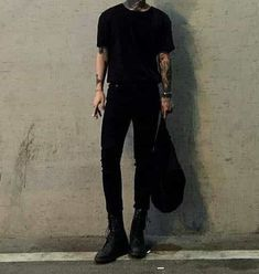 Dr. Martens, Estilo Dark, Everything And Nothing, Mens Fashion, Fashion Outfits, Modern Outfits, Aesthetic Fashion, Smart Casual, Menswear